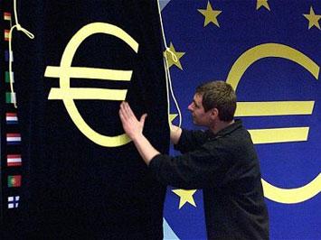 Италия и Греция могут остаться без евро